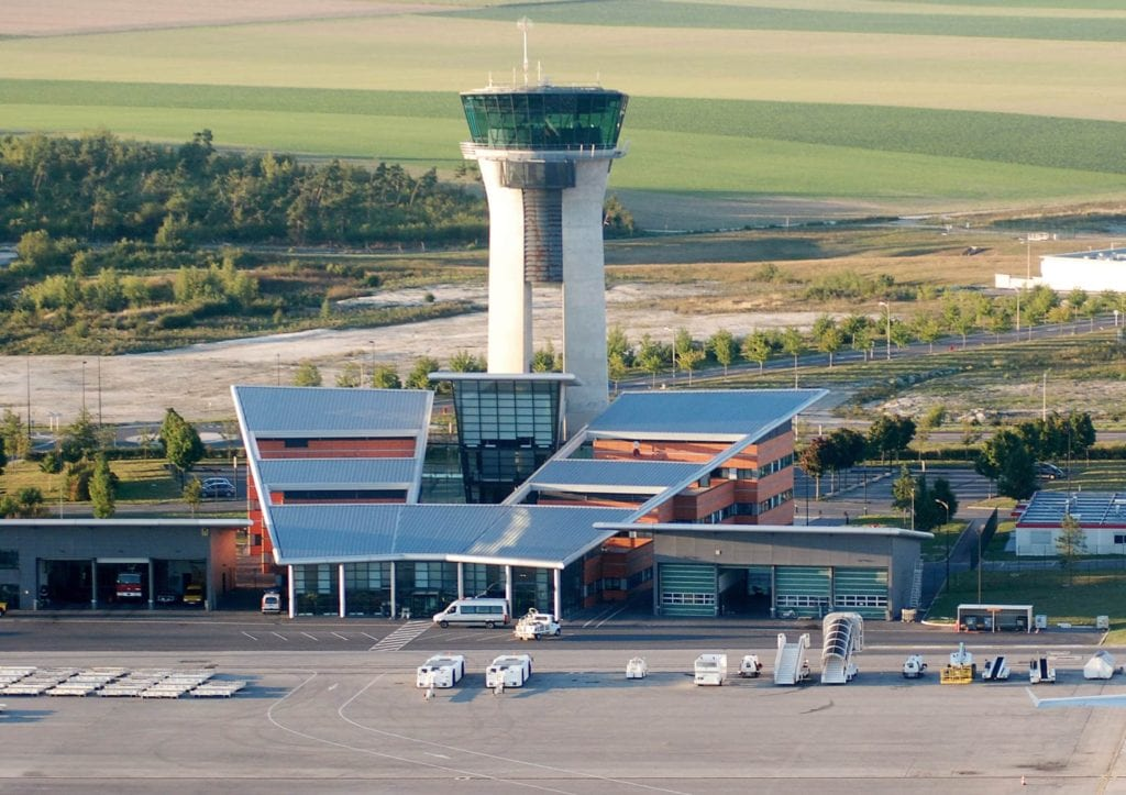 Which Paris Airport Should You Fly Into? | Tortuga