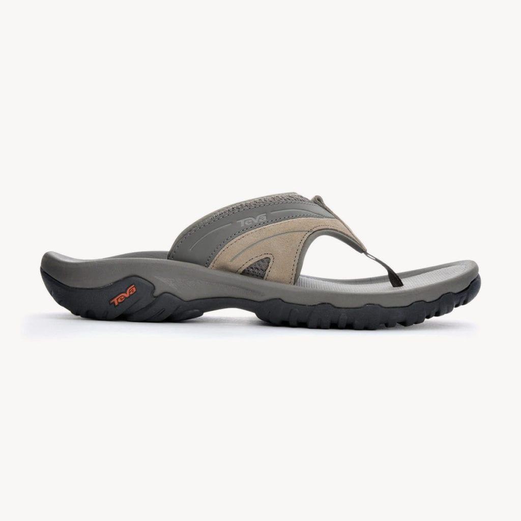 The Best Flip Flops for Travel | Tortuga