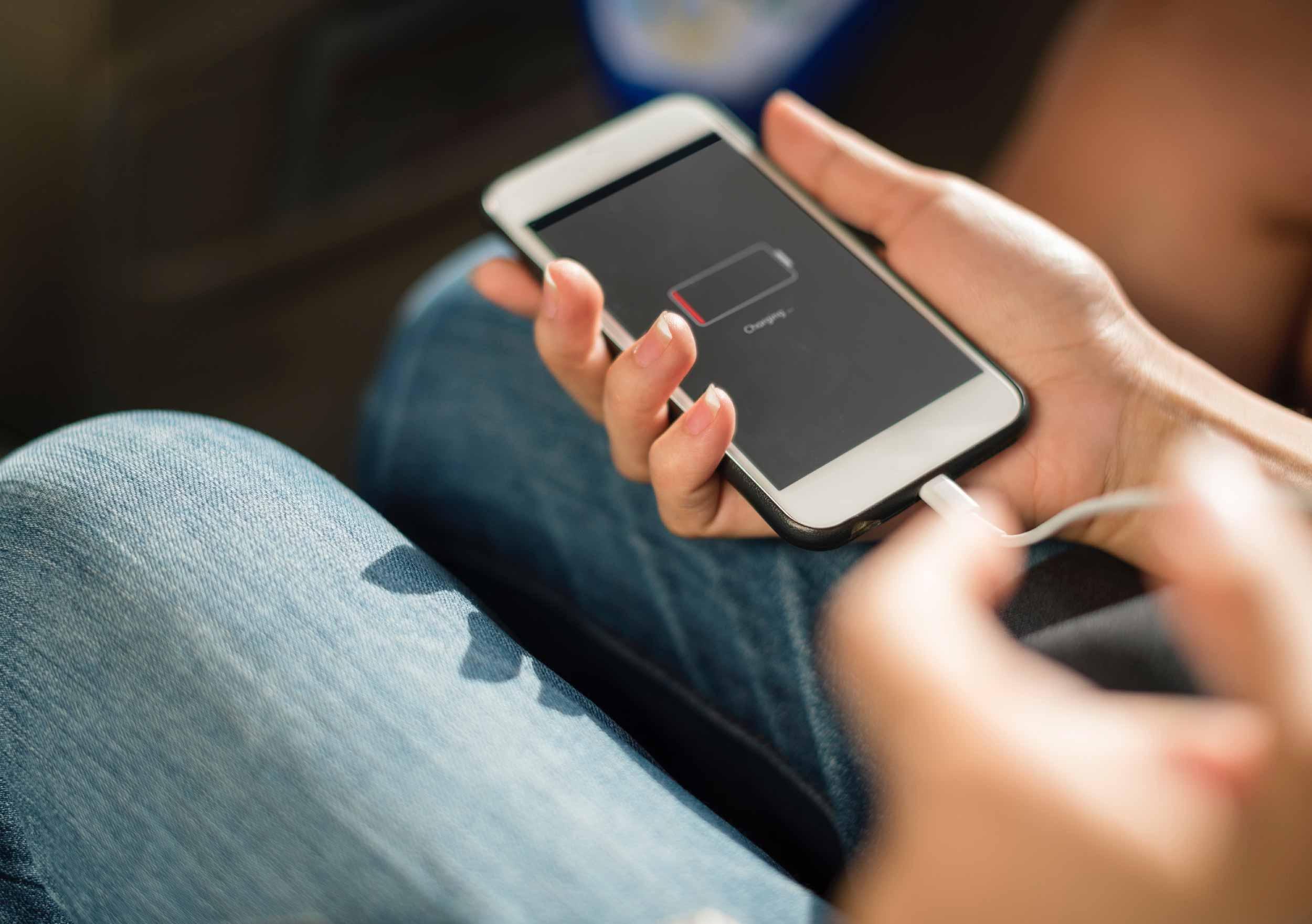 Best External Battery Packs: An In-Depth Review