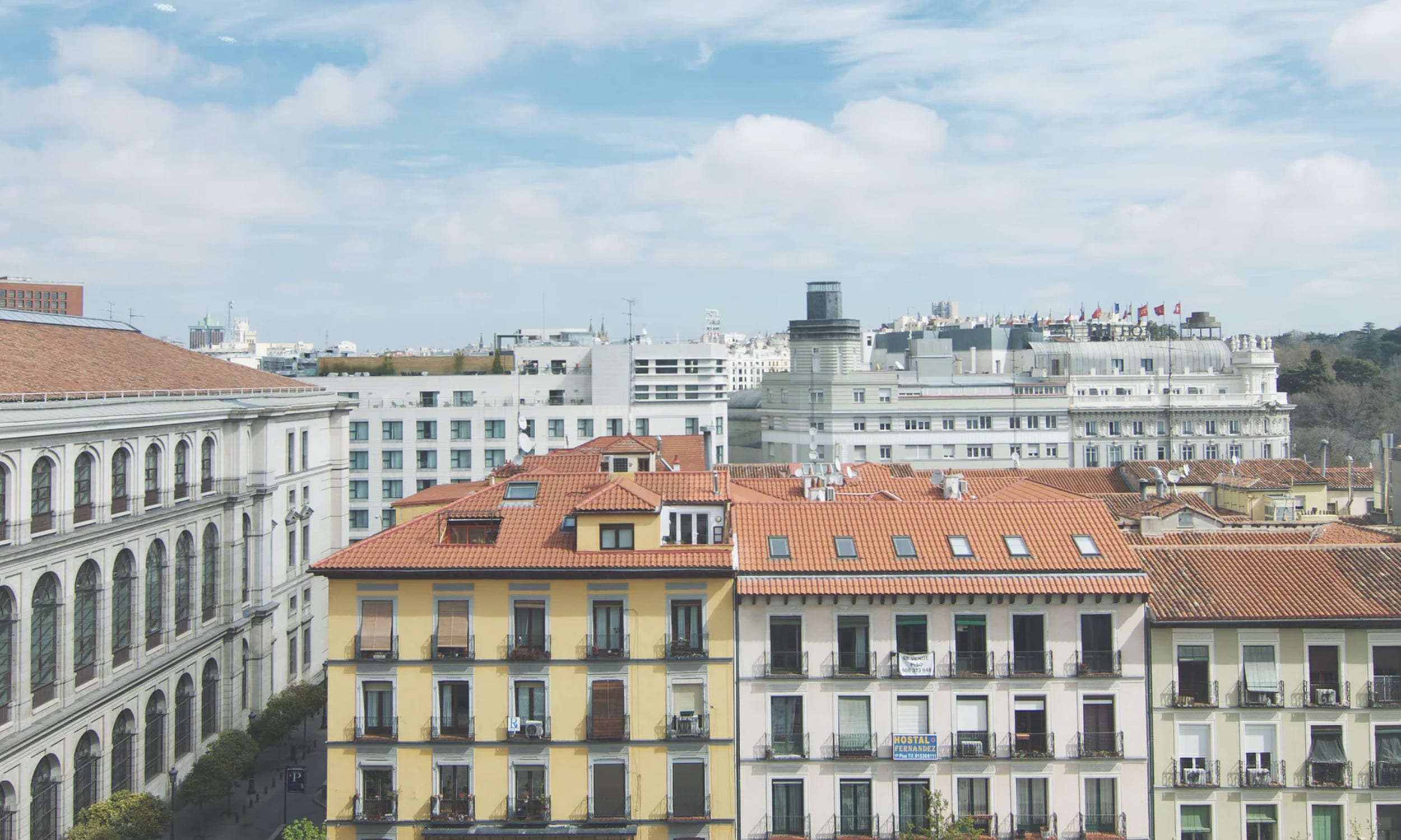 Where To Stay In Europe Hotel Hostel Or Airbnb
