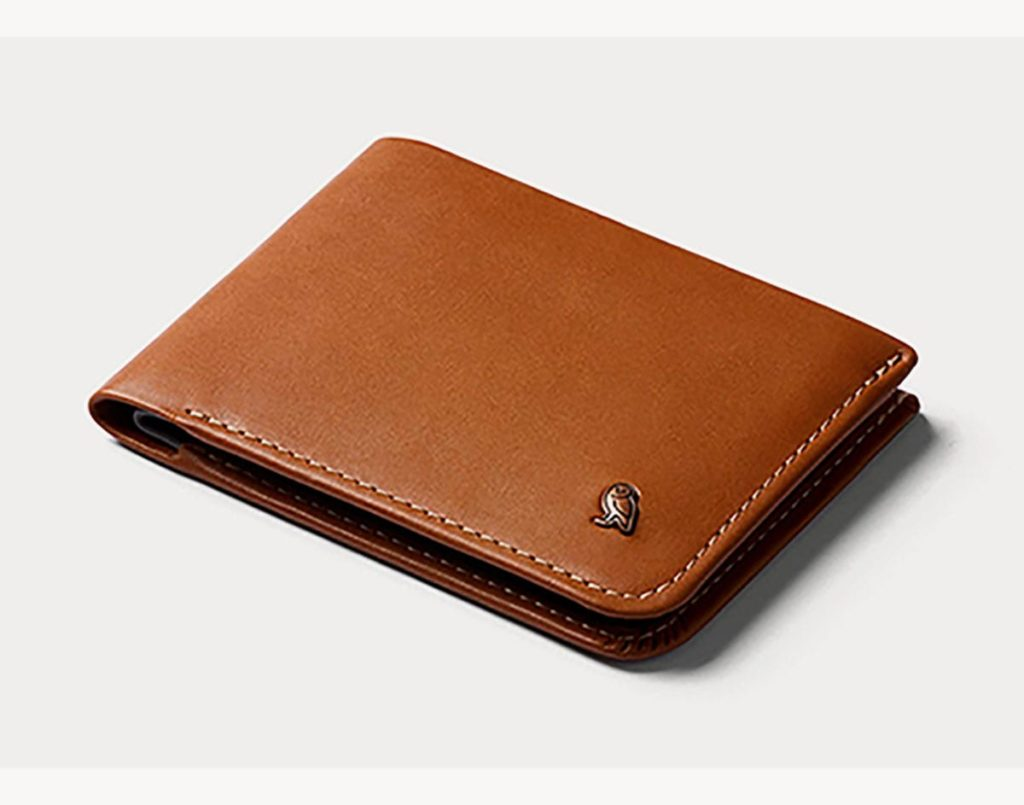 Bellroy hide and seek travel wallet review
